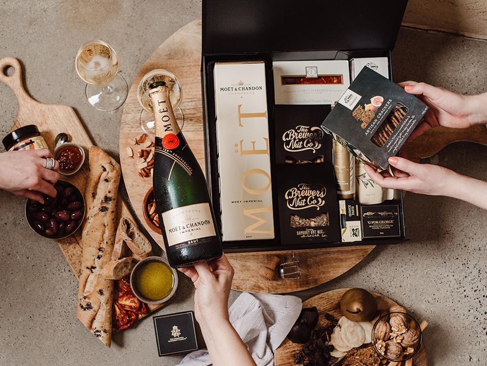 Gourmet Champagne Hampers Delivered